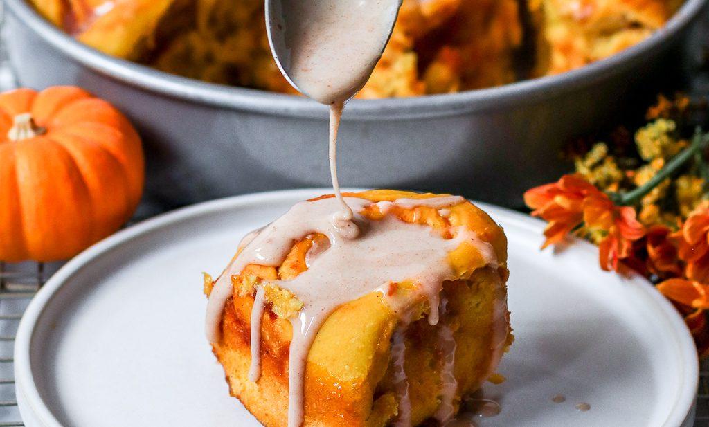 The best vegan pumpkin spice cinnamon rolls with pumpkin spice glaze