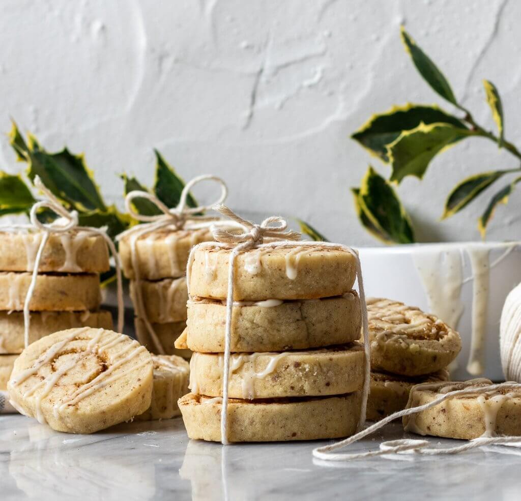 Vegan Cinnamon Roll Cookies
